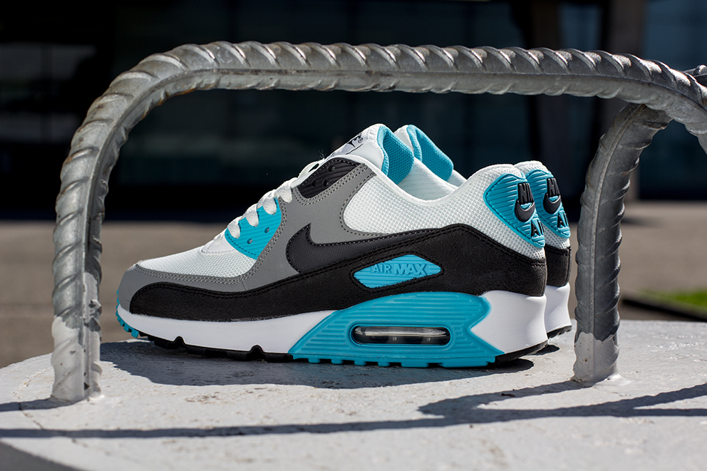 nike air max 90 essential eminem