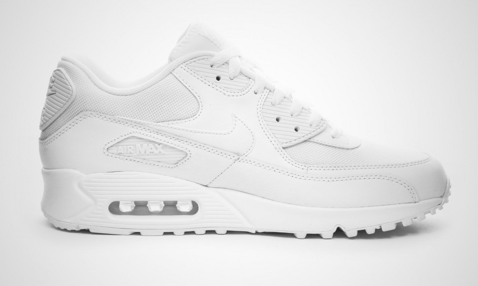 low priced 0aba4 4adc8 ... Nike Air Max 90 Essential White Chaussures De Sport Pour Homme Blanche  537384-111 ...