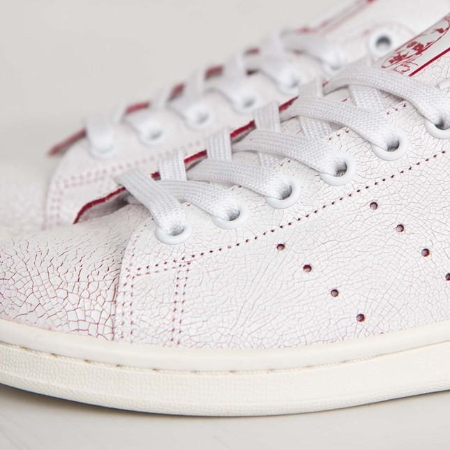 the best attitude 76723 795b0 ... Femme Adidas Originals Stan Smith Chaussures Skate Ftwr Blanche Rouge  Collégiale M19586 ...