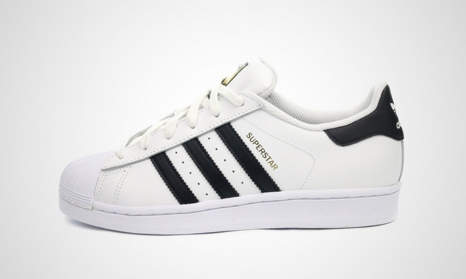 Juniors Adidas Originals Superstar OG Chaussures De Sport Blanche Noir C77154