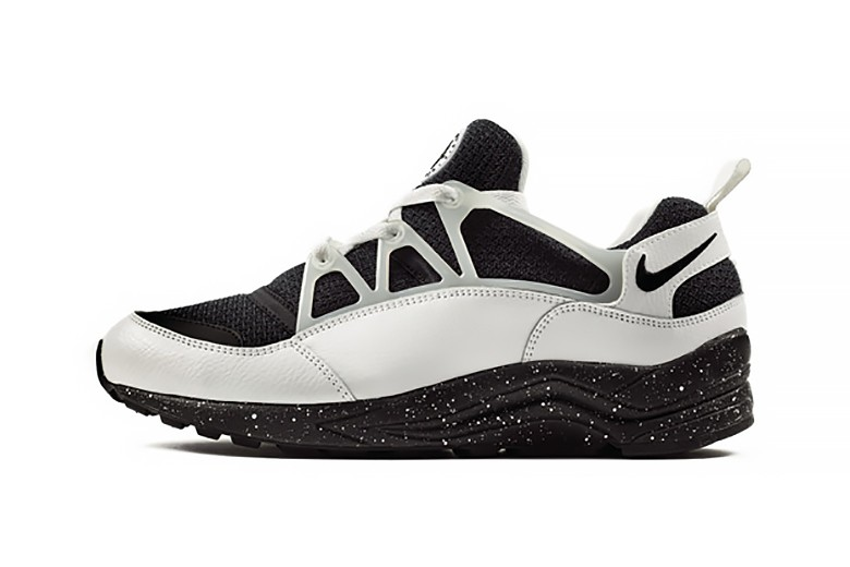 Nike Air Huarache Light Eclipse Pack Homme Sneakers Blanche Noir