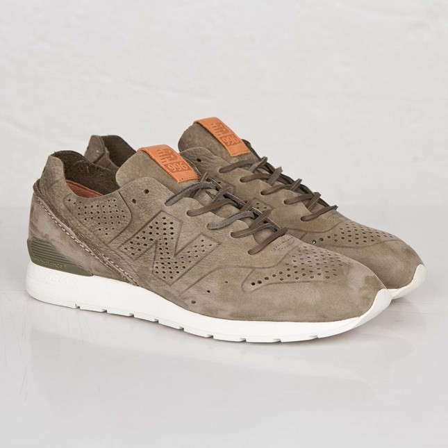 New Balance 996 TDS Re-Engineered 'Deconstructed' Sage Femmes Sneakers Vert Olive MRL996DD