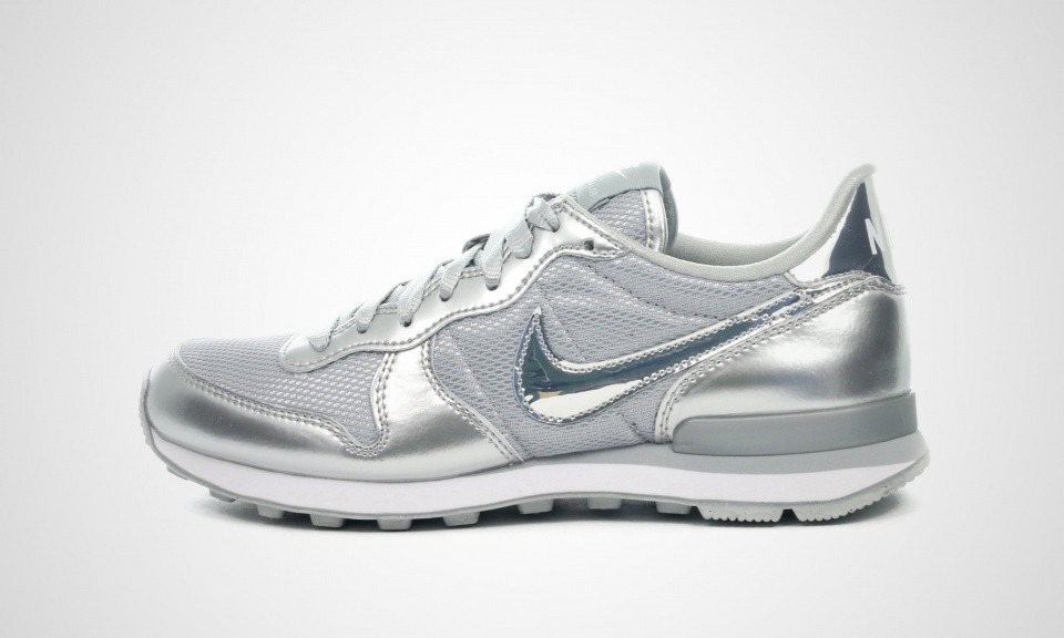 chaussure nike internationalist pour femme