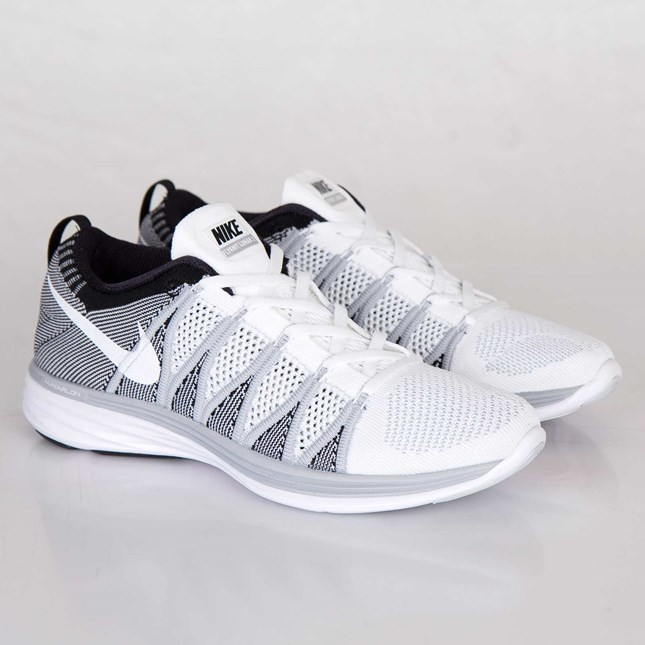 huge discount 4d68f be603 ... Nike Flyknit Lunar2 Homme Chaussures Blanche Blanche Loup Gris Noir  620465-100 ...