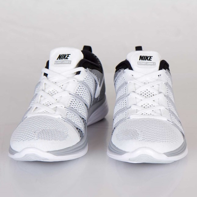 huge discount 718a2 aa2cd ... Nike Flyknit Lunar2 Homme Chaussures Blanche Blanche Loup Gris Noir  620465-100 ...