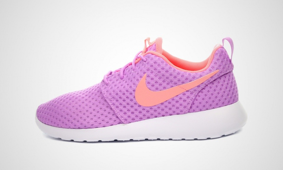 Femme Nike Roshe One BR (Breeze) Magenta Trainers Fuchsia Lueur/Lave-Lueur Blanche 724850-581